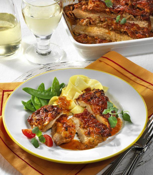 Unser beliebtes Rezept für Schnitzel-Auflauf in Tomatenrahm und mehr als 55.000 weitere kostenlose Rezepte auf LECKER.de.