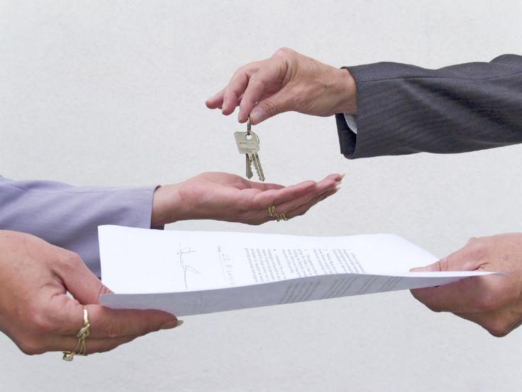 Ce documente trebuie sa prezinti atunci cand iti vinzi apartamentul?   http://blog.blitz-imobiliare.ro/sfaturi-imobiliare-parerea-specialistului/ghidul-vanzatorului-ce-documente-imi-sunt-necesare-atunci-cand-imi-vand-apartamentul/