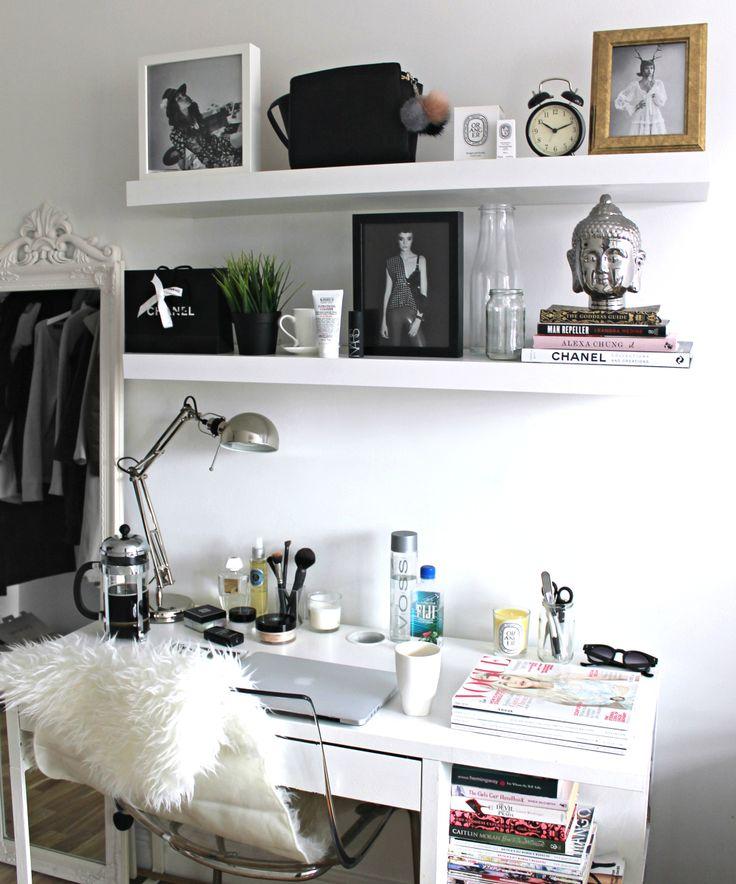 White rooms aesthetics and desks on pinterest - Desks for small rooms ...
