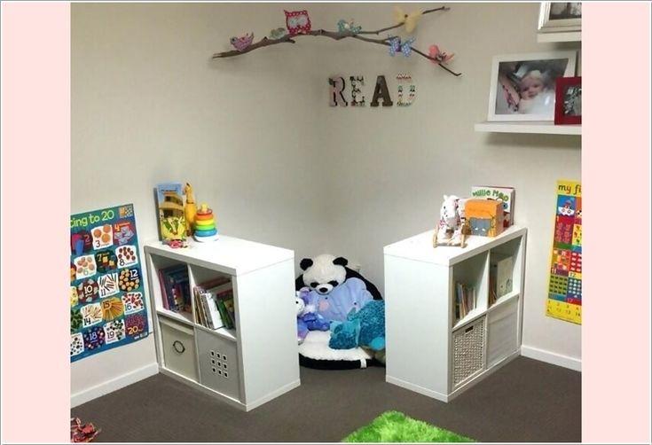 Ideen zum Hinzufügen eines Lese-Winkels zu einem Kinderzimmer