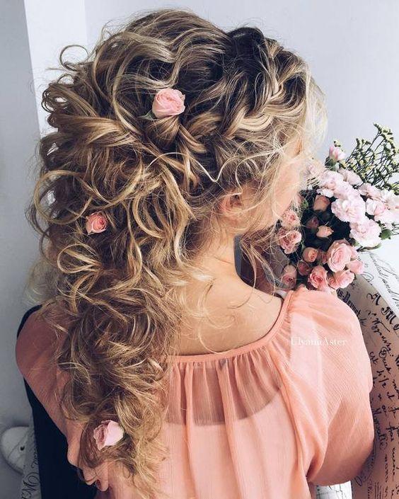 23 Evergreen Romantic Bridal Hairstyles: #تسريحات_شعر_كيرلى_لعروسة_2017 #Bride_Curly_Look