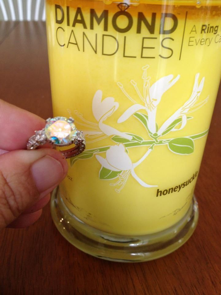 live the end of summer with the fresh scent of honeysuckle with this soy candle ring candles. Black Bedroom Furniture Sets. Home Design Ideas