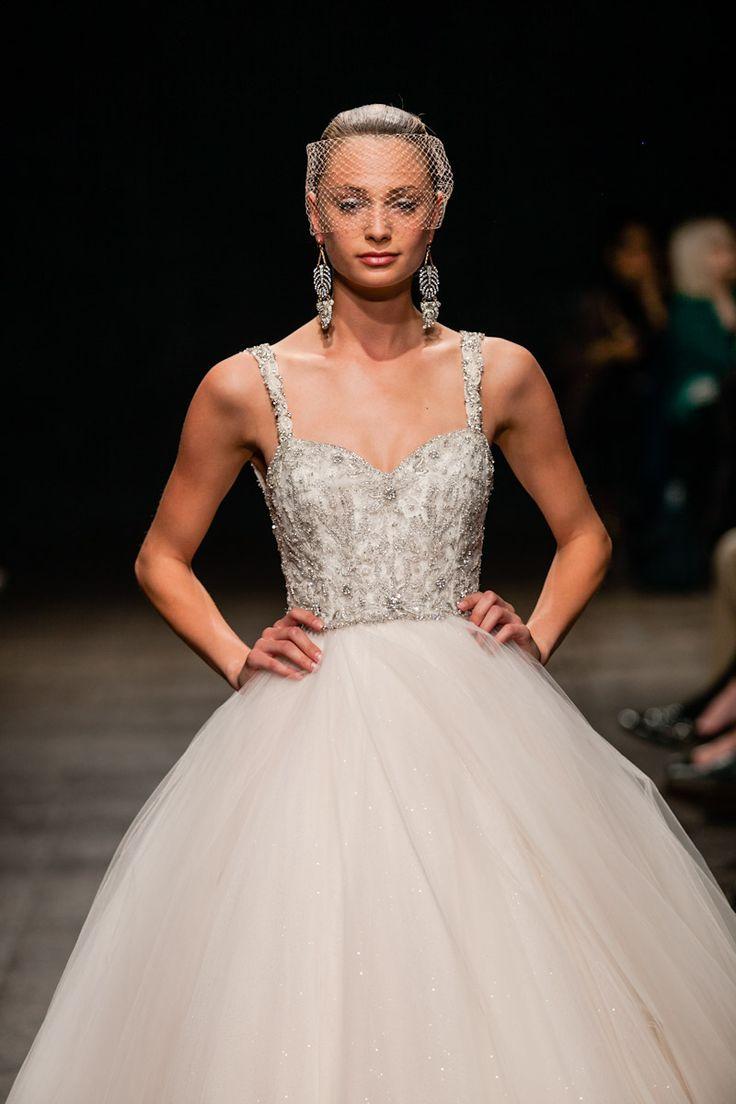 9 best wedding dresses images on pinterest wedding dressses