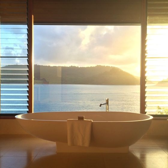 Whitsundays - Hamilton Island - Qualia - Windward Pavilion bath