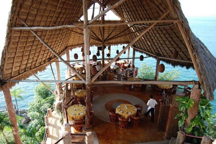 Le Kliff restaurant in Puerto Vallarta. Amazing restaurant with best view