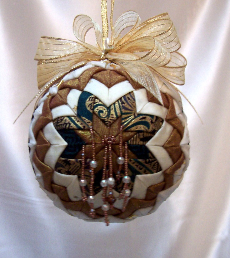 Quilted Tree Decorations
