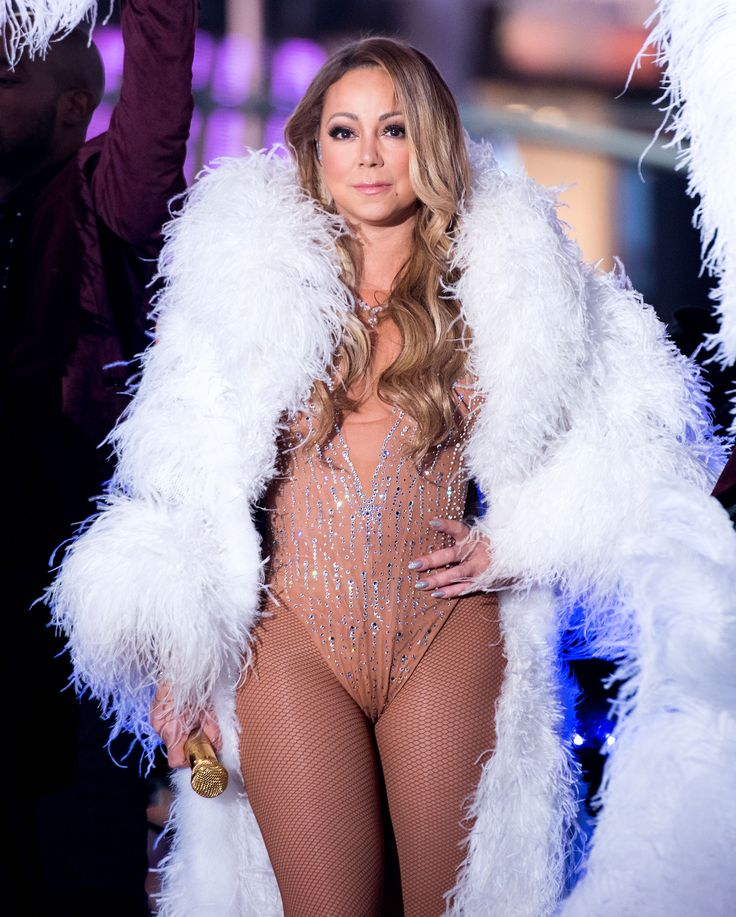 Mariah Carey's Disastrous New Year's Eve Performance: Video