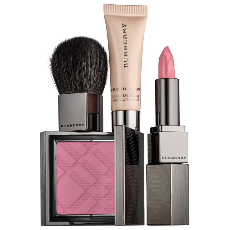 What it is: An exclusive makeup starter kit with Burberry's runway makeup…