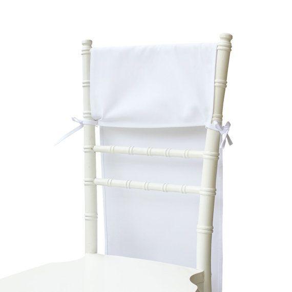 HOTTES DE CHAISE DE CHIAVARI. Blanc chaise hottes pour chaises chiavari dans les mariages et événements. Parfait pour lutiliser comme tiffany housses de chaises. Aussi connu comme chaise rideaux, housses de chaise ou fauteuil arrière pour chaises tiffany.  La qualité de chaque hotte blanc chaise est conçue pour les mariées sophistiquées et les concepteurs de mariage. Nous sommes également lintroduction deux pour lhôtellerie, la restauration et propriétaires dentreprises de banquet mariage…
