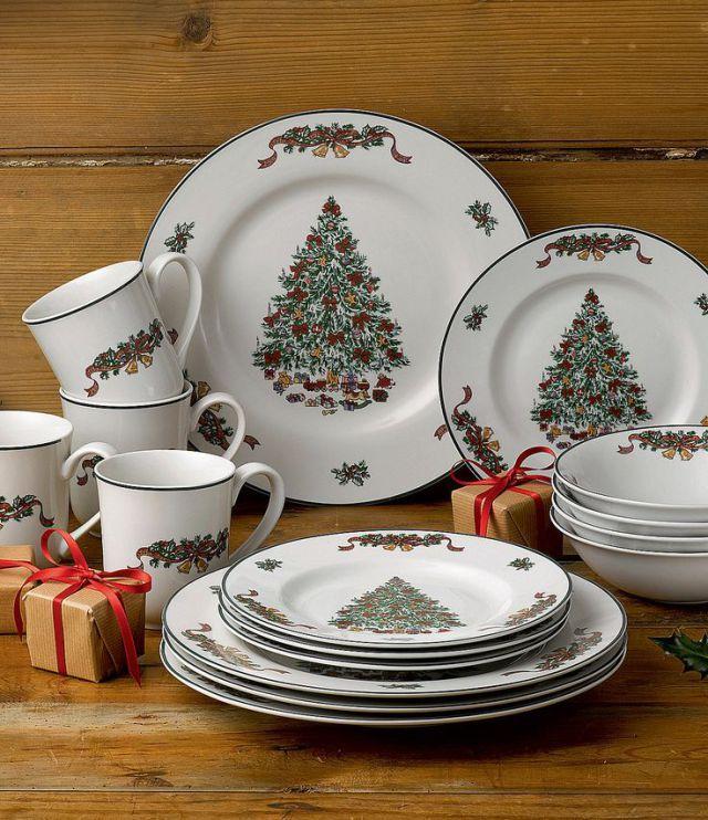 57 Beautiful Christmas Dinnerware Sets: Johnson Brothers Victorian Christmas Dinnerware Set