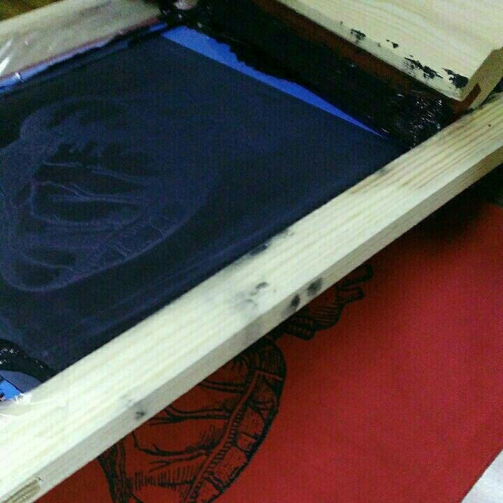 Manual screenprinting. Very soon heart in colors....deep red, light gray, natural white!