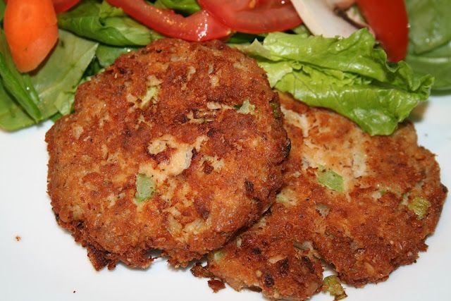 Mom's Paleo Salmon Patties  3- 6 ounce cans of Wild Caught Alaska Salmon  2 large Omega 3 eggs, beaten well  1/4 tsp ground black pepper  1/4 cup Almond meal/flour  1 cup minced or diced onion  3 stalks of Organic Celery diced  a dash or 1/8 tsp of granulated garlic