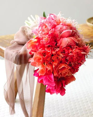 Ombre wedding bouquetBridal Bouquets, Weddingbouquets, Pink Bouquets, Ombre Bouquets, Wedding Bouquets, Bouquets Ideas, Brides Bouquets, Flower, Colors Bouquets