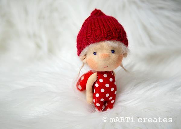 Крошечные куколки Регины Марти - 14 Октября 2016 - Кукла Тильда. Всё о Тильде, выкройки, мастер-классы.