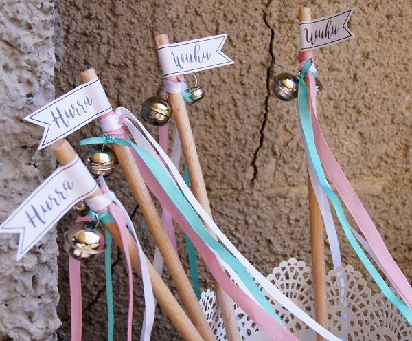 Wedding Wands DIY Hochzeitsstäbe Anleitung Do it yourself DIYbride Braut Hochzeit minze mint rosa rose altrosa hurra wuhu