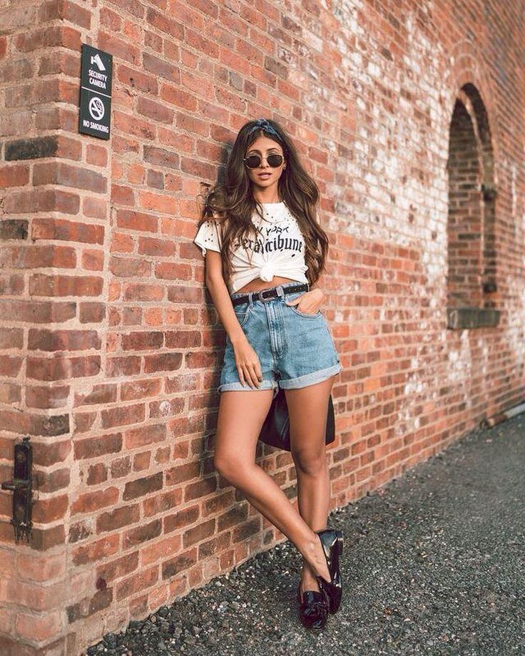 INSPIRATION #fashionlife #fashionlover #tendencias #style #love #iloveit #mystyle | Poses femininas, Ideias para ensaio fotográfico, Ensaio fotografico feminino