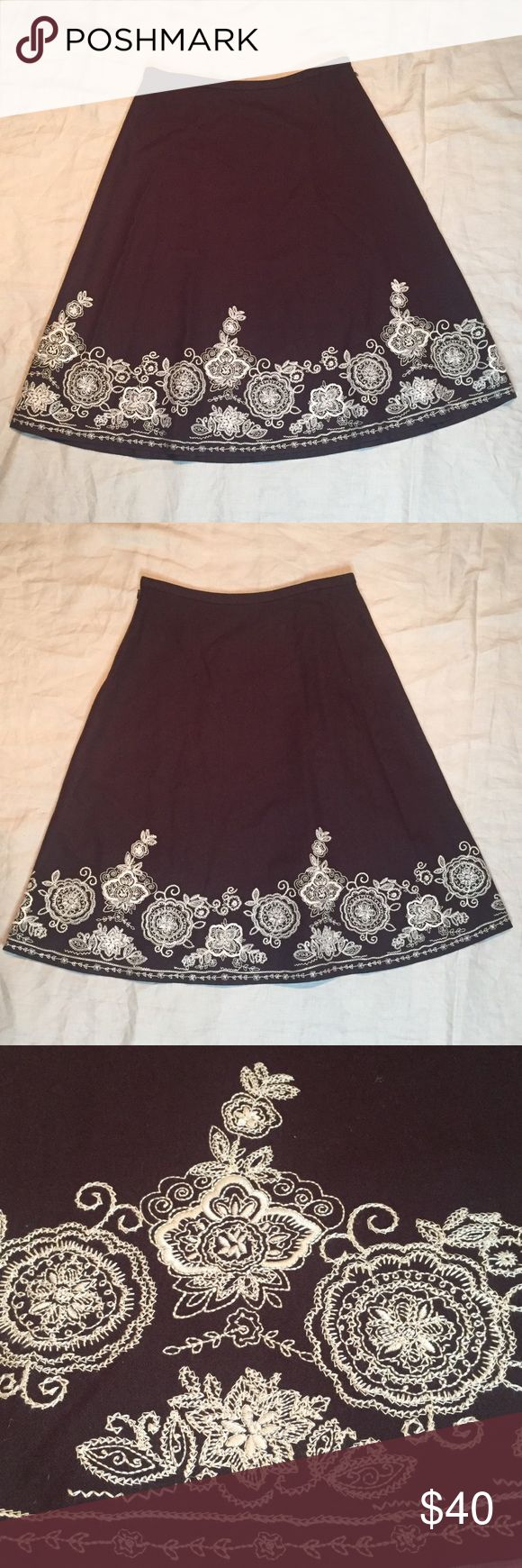 """Boden brown wool blend embroidered midi skirt 14L Chocolate brown Boden wool blend a-line midi skirt with gorgeously embroidered hemline! 😍 Size 14L; waist - 16.5""""; hips - 24""""; length - 28.5"""" Boden Skirts Midi"""