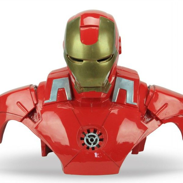 Iron Man di Ceramiche Liberati Scultura in ceramica