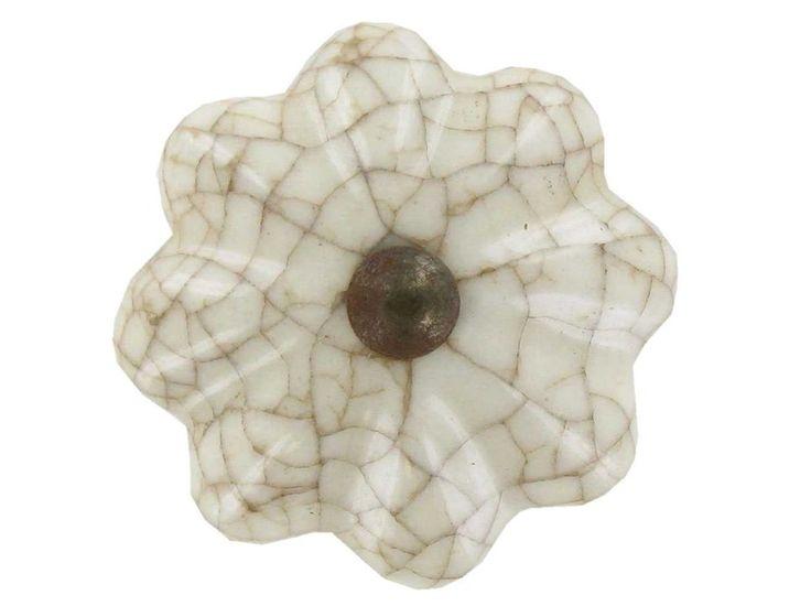 Medium Tan & White Crackle Ceramic Scallop Knob
