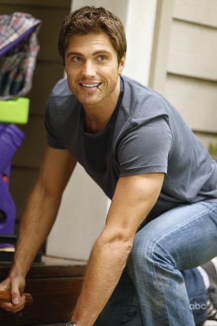 Eric Winter, American actor/model, b. 1976