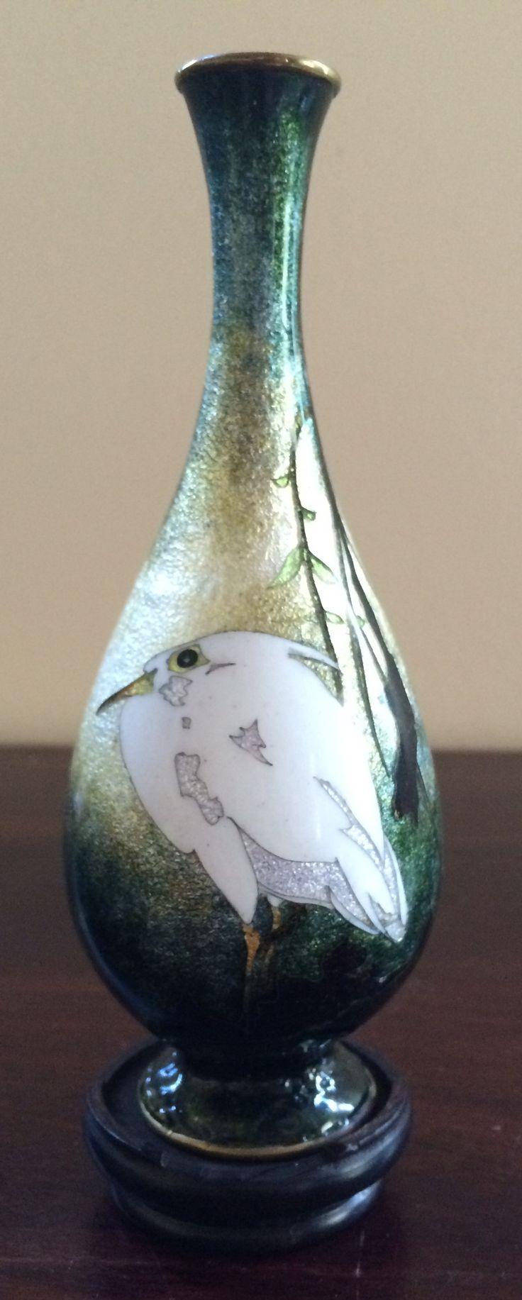 10 best japanese cloisonne images on pinterest vase enamels and japanese cloisonn vase in nagare gusuru flambflowing enamels by hattori tadasaburo reviewsmspy