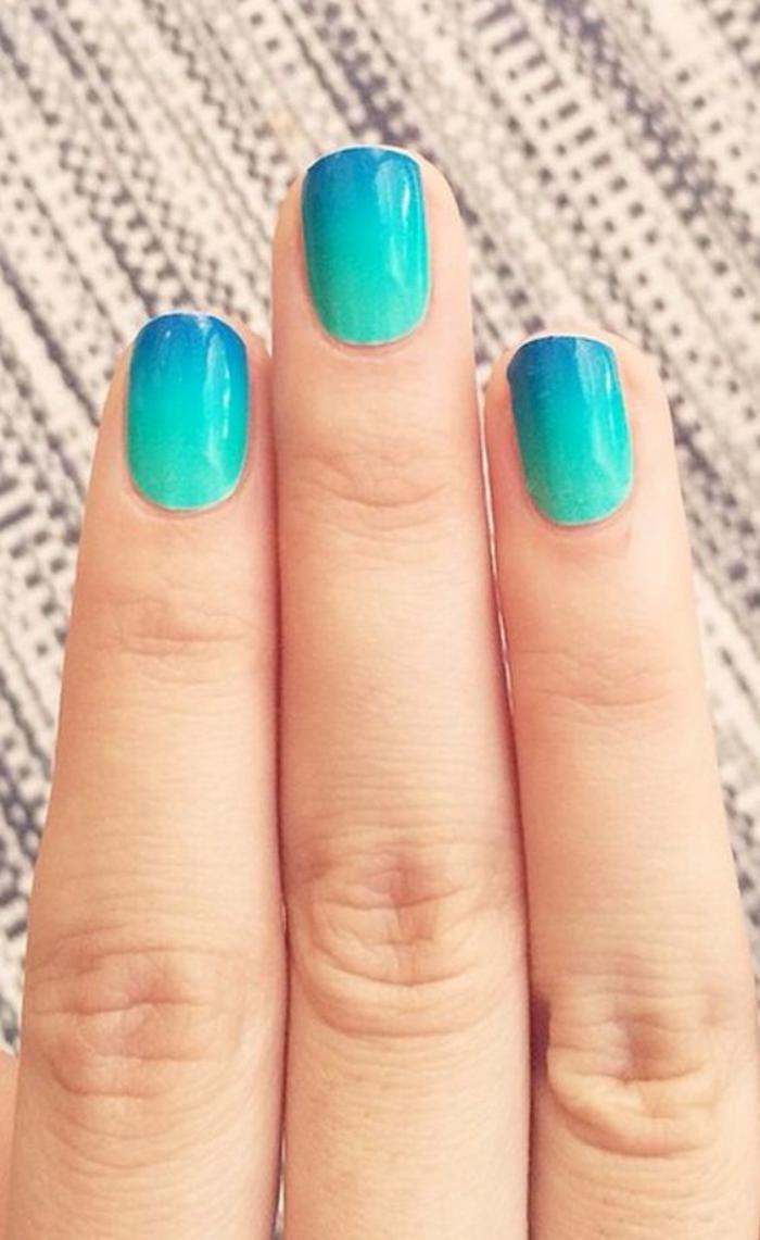 ongles ombrés, nail art ombré turquoise et bleu