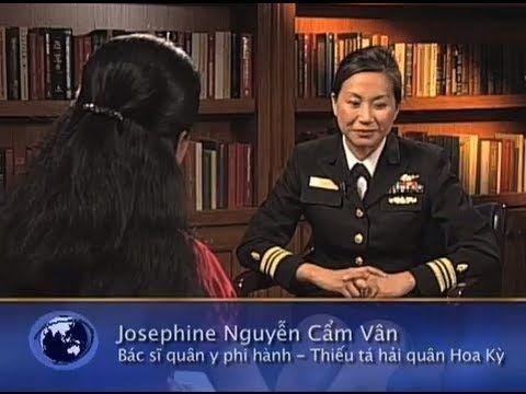 Josephine Cẩm Vân: Thiếu tá hải quân phi hành Hoa Kỳ
