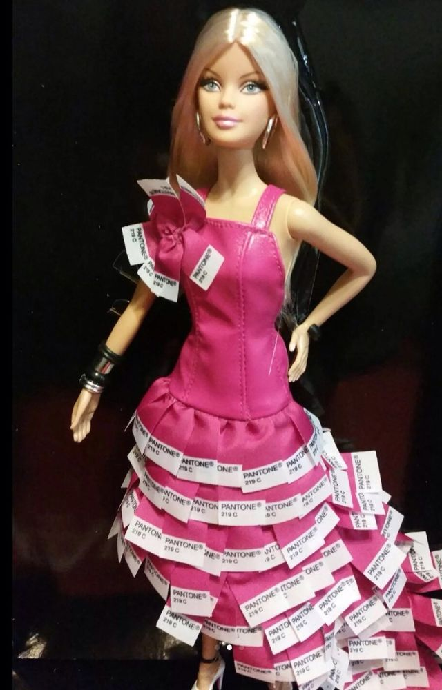 Barbie Collector Pink in Pantone Gold label W3376 NRFB, New in box MINT HTF #Mattel #DollswithClothingAccessories