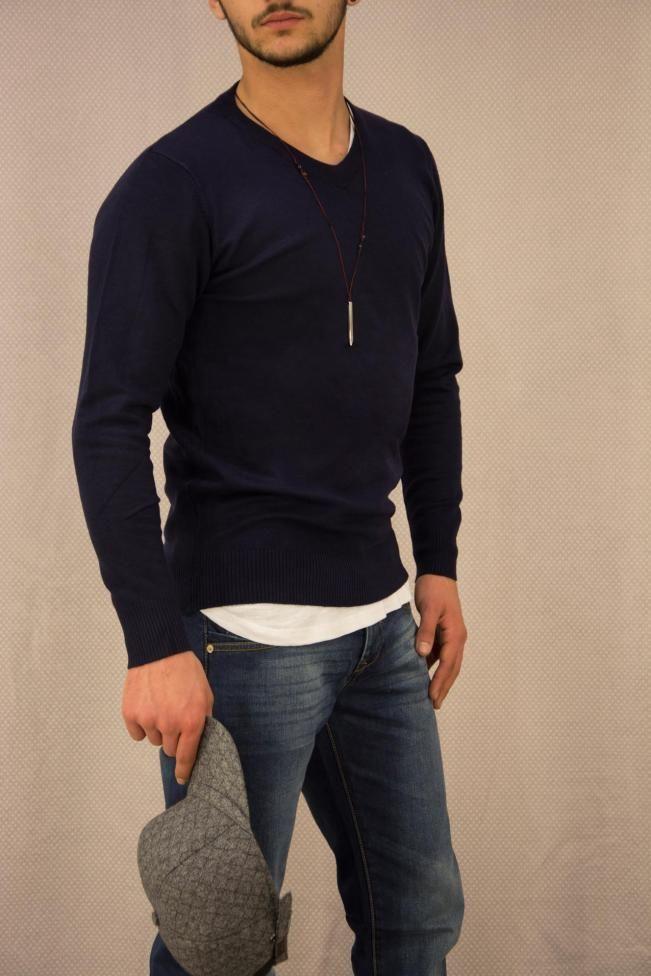 Ανδρική πλεκτή μπλούζα με βε  PLEK-2701-bl Πλεκτά - Πλεκτά και ζακέτες