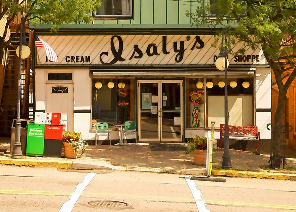 There were two Isaly's near us, one in Homestead and one in Duquesne Village in West Mifflin.  I always went to the one in Homestead with my Baba or with my Mom when I had a doctor's appointment in Oakland.  Nothing like chipped ham and those skyscraper cones!  Those were the days.