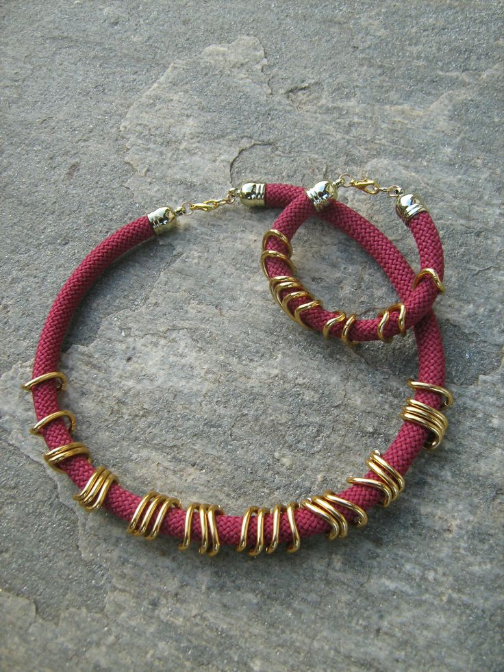 Necklace and bracelet with bordeaux cord and