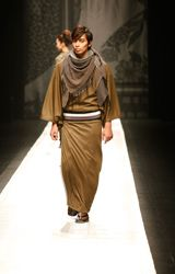 Jotaro Saito 2013 Collection DRESS PEOPLE