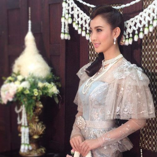เชิญ อวดรูป เจ้าสาวในชุดแต่งงานที่เป็นชุดไทยหน่อยค่ะ - Pantip