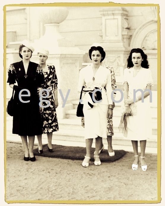 princess Neslisah Sultana and princess Fawzia