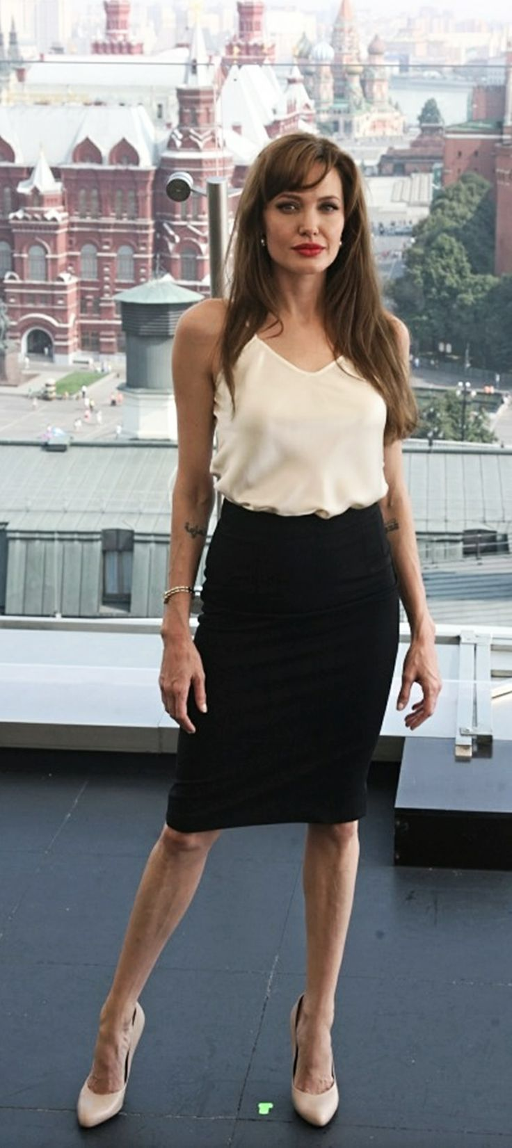 Angelina Jolie. Love her style!~ so Simple, Classic and Chic.