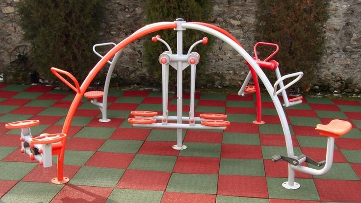 Outdoor fitness equipment for sale Visit us: www.etopogane.ro