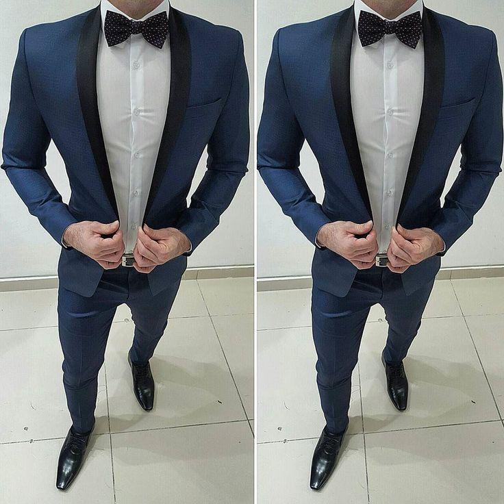 Ternos com gola shawl Slim Fit !!! Exclusividade Decinelli  fabricação própria.. Trabalhamos com todas as numerações do 42 ao 58 e tamanhos especiais do 60 ao 80. Televendas Whatsapp (11)98297-2535 #modamasculina #ternos #euusodecinel #ternoslim #alfaiataria #luxury #luxo #sobmedida #style #suit #suits #gravatas #slim #casamentos #noivos #noivoslindos #noivas #noivado #cerimonial #tuxedos #tuxedo #modamasculina #gravatas #noivasdobrasil #moda #tendencia #fashionweek #luxurylifestyle by…