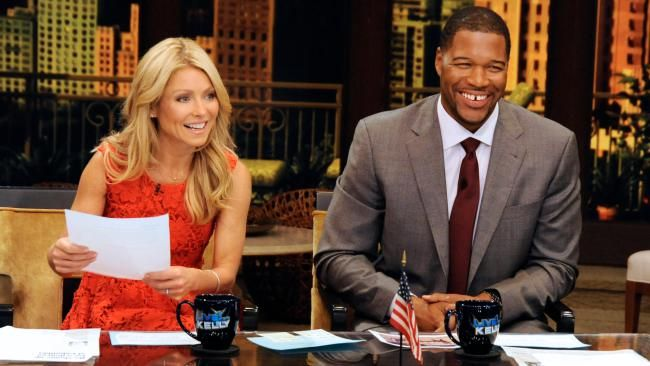 """Oprah Surprises """"Kelly and Michael"""" During Interview with Tyler Perry; Calls Them Talk-ShowRoyalty"""