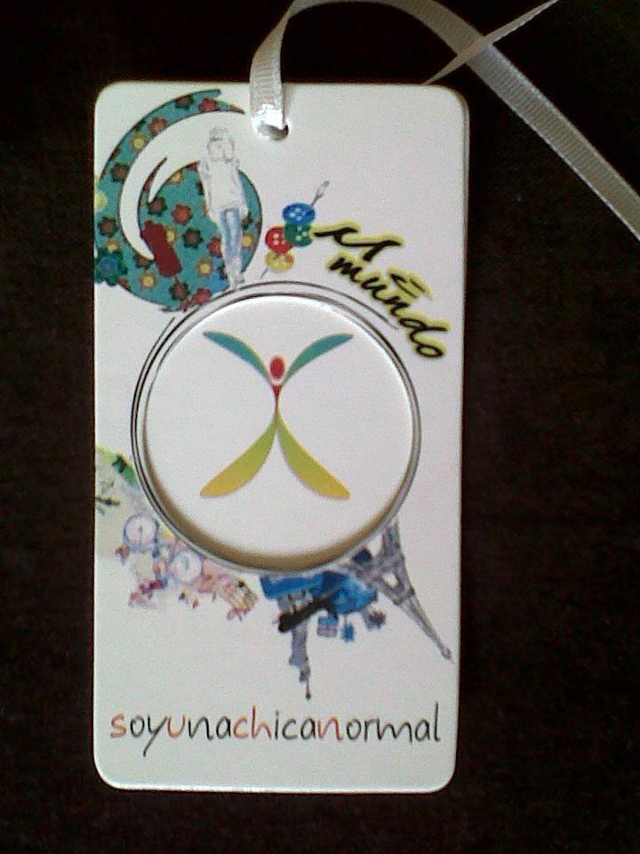 Etiqueta de las prendas soyunachicanormal.com