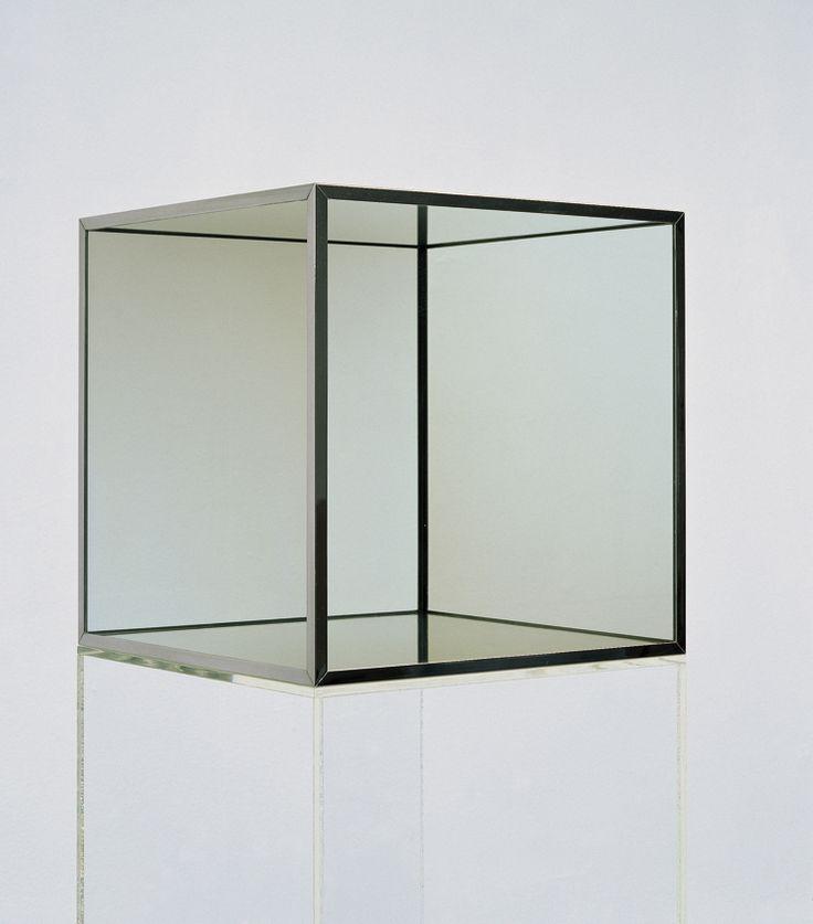 "Robert Morris ""Cube"""