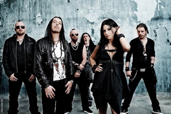 Media Marketing Me: Lacuna Coil releases video for I Forgive (But I Won't Forget Your Name)