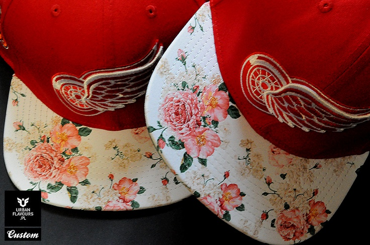 Detroit Red Wings Mitchell And Ness Custom Snapback.