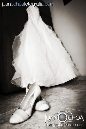Fotografo bodas bogota, fotografo matrimonios, fotografia novia, maquillaje novia, bridal makeup, vestido novia, bridal dress, wedding photographer, foto novia, novios, pre-boda, fotografo, fotografia bogota, Fotografo bodas colombia, fotografo matrimonios y bodas Bogota, decoracion, wedding, bride, groom. www.juanochoafotografia.com
