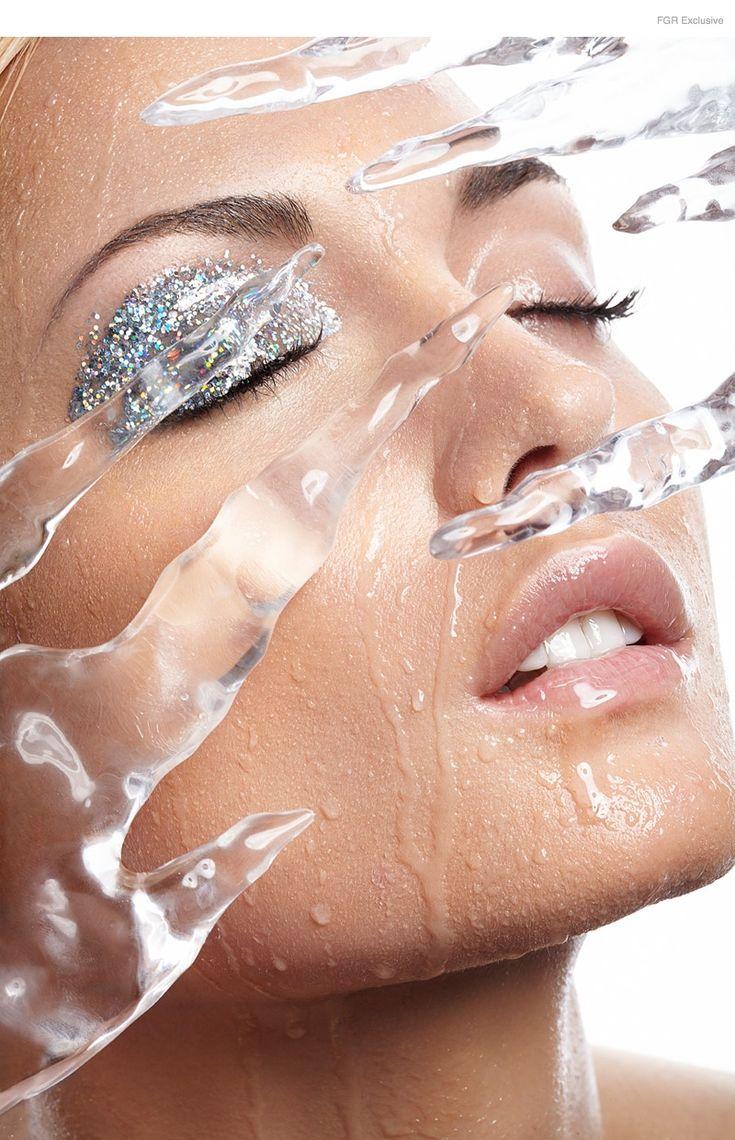 Kevyn Aucoin Airbrush Foundation, Kevyn Aucoin Sensual Skin Enhancer, Tarte Cosmetics Park Avenue Princess Bronzer, Makeup Forever Pro Glitter