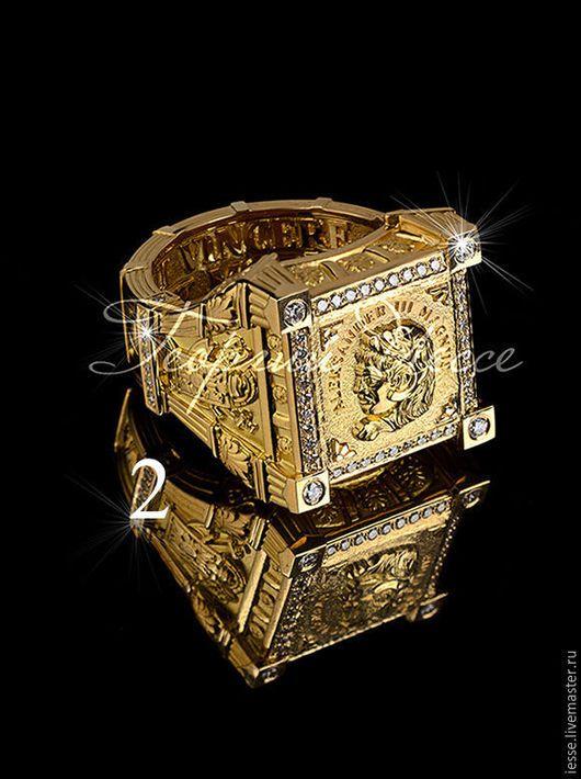 на фото: кольцо из желтого золота 750 пробы, бриллианты -56шт