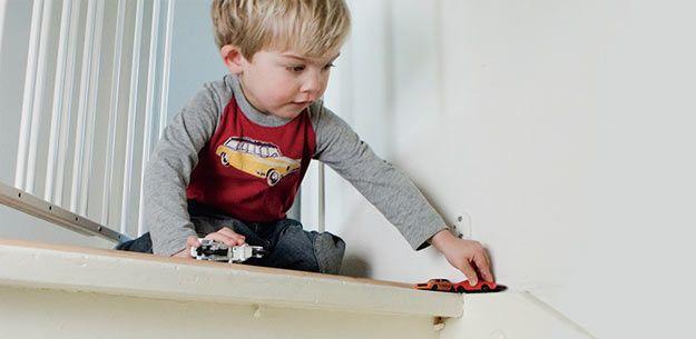 Wat als je kind van de trap valt?  #ehbo #ehbotips #ouderschap