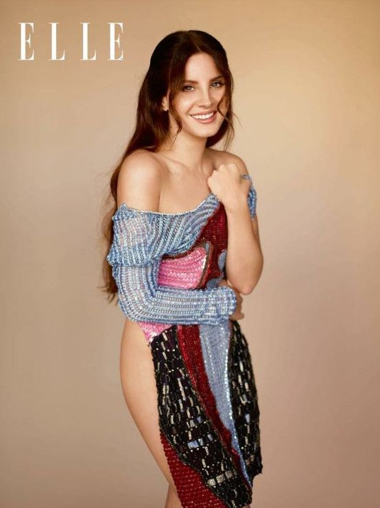 "Veja a sessão de fotos de Lana Del Rey para a revista britânica ""Elle"""