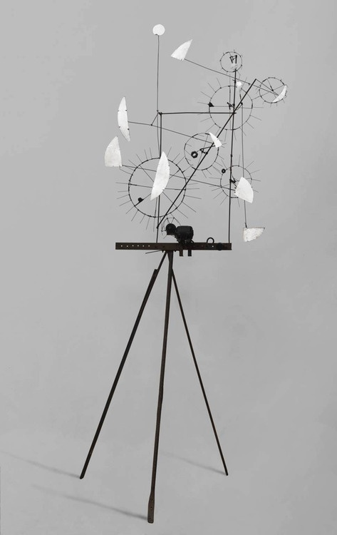 Metamechanical Sculpture With Tripod 1954 JEAN TINGUELY//