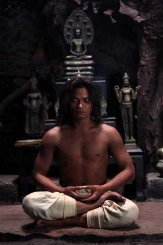 Turtle sitiing meditation of Master Tony Jaa