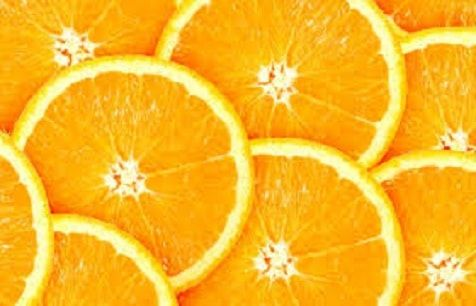 A vitamina C é um nutriente essencial para o nosso organismo responsável por vários benefícios: fortalece o sistema imunológico e um ótimo cicatrizante.  #vitaminac #colageno #antioxidante #pelelinda